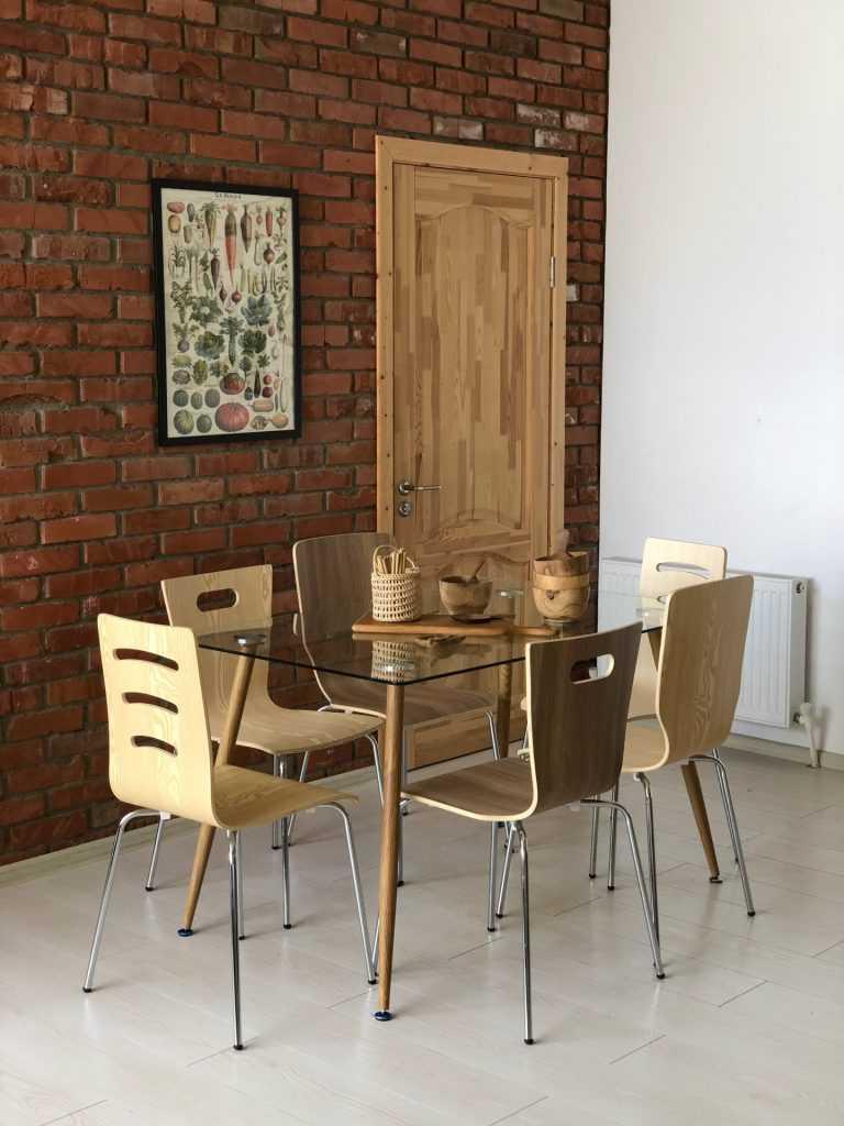 Стеклянный стол Торонис - особенности и преимущества IMG_9433-30-06-18-02-04-768x1024