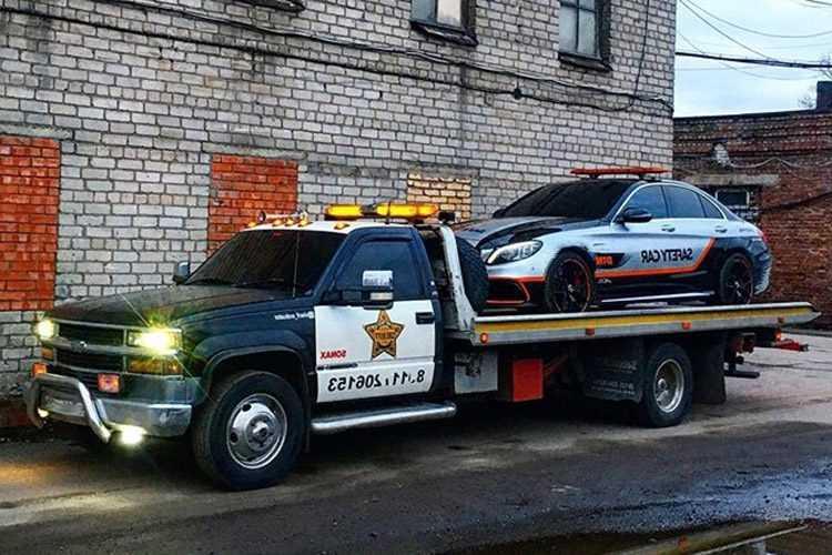 sheriff_silverado-3199648-4314665
